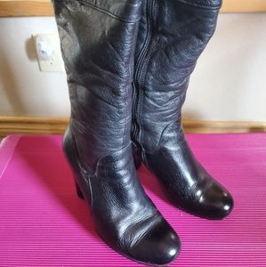 Black clark leather boots